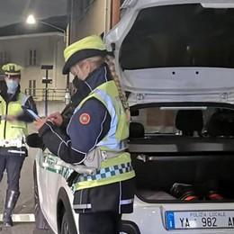 Investe un uomo in piazza a Cantù  Scoperto ubriaco dalla polizia locale