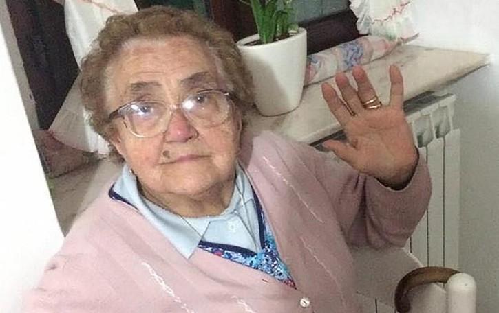 Lambrugo, che forza nonna Emilia  Sconfigge il Covid e festeggia 102 anni