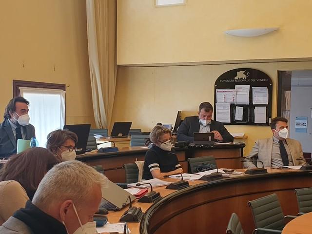 CRV- Veneto cantiere veloce: proseguito esame proposta normativa che semplifica procedimenti edilizi