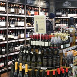 Meno alcol e più acqua nel vino: l'ultima proposta di Bruxelles