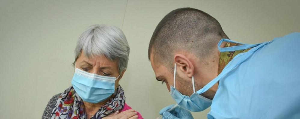 Regioni Ue, sospendere temporaneamente brevetti sui vaccini