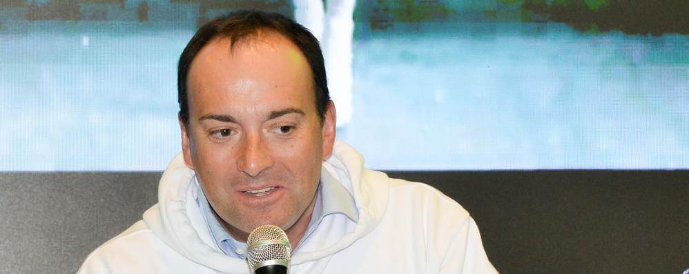 Doppio sponsor per Cantù  Petazzi: «Ora pace con i tifosi»