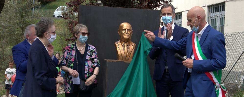 Barni, parco e busto per Albertoni  «Il suo esempio è con noi»