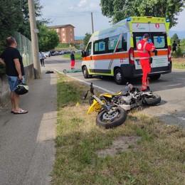 Cade con la moto a Guanzate  Muore un uomo di 44 anni
