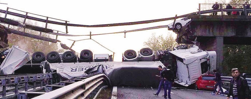 Crollo del ponte di Annone  Il Pm chiede quattro condanne