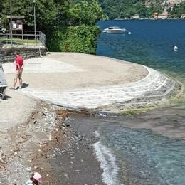 Il Daily Mail ironizza   sull'acqua di Laglio  «Ma è una fake news»