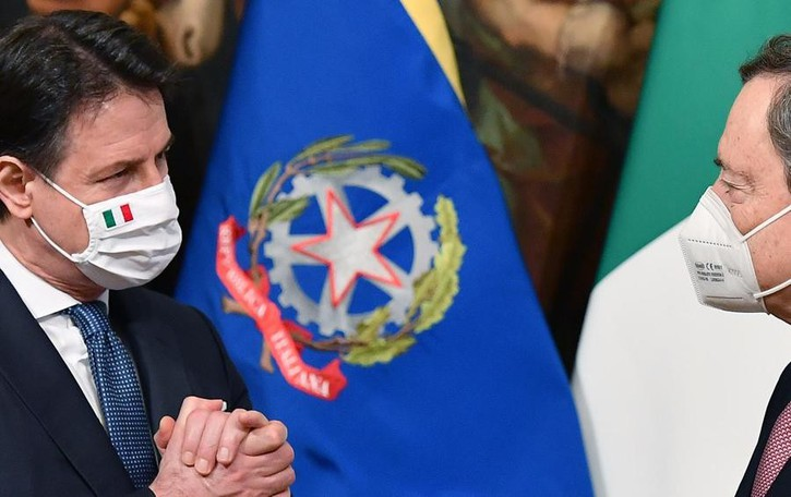 L'abisso inquietante  tra Draghi e i politici