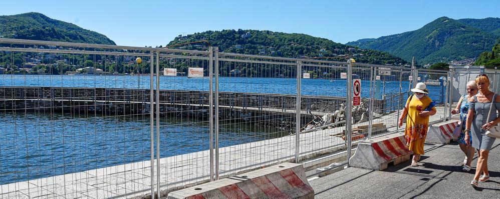 """Porto, """"liberato"""" un pontile  Ma lavori (forse) fino al 31 luglio"""