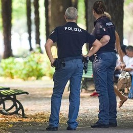 Rapina nella notte ai giardini  Sorpresi dalla polizia, tre arresti