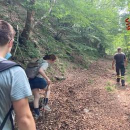Si perdono sui monti  Turisti salvati a Brunate