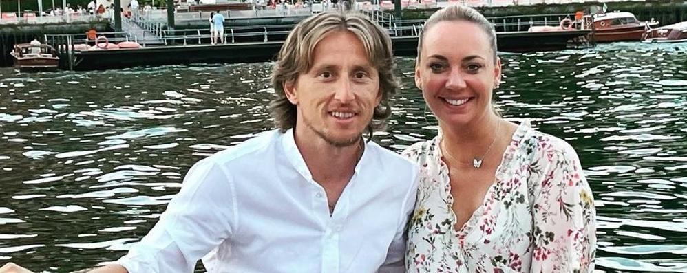 Tremezzina, Modric al Grand Hotel  Regalo alla moglie: «Donna speciale»