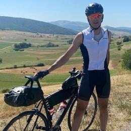 In bicicletta fino all'Etna  Per vedere l'Italia vera