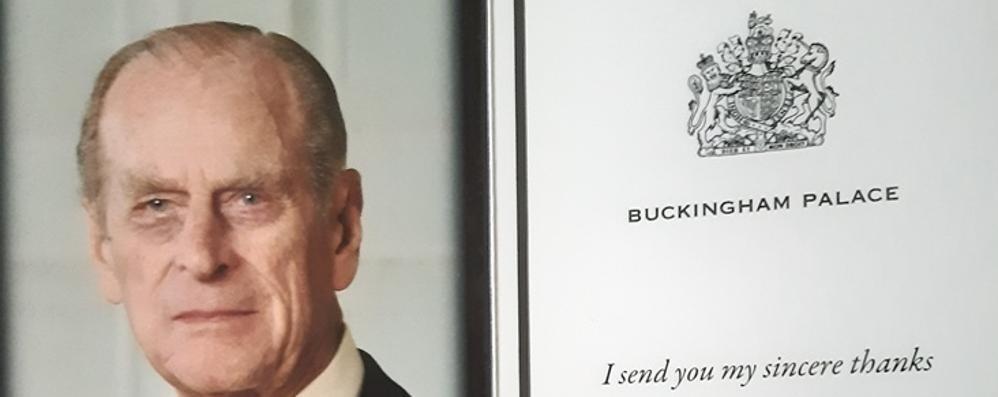 Manda le condoglianze alla regina  Elisabetta risponde e lo ringrazia