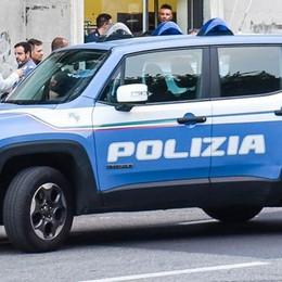 Piazza San Rocco, aggredito e rapinato  La polizia arresta il responsabile