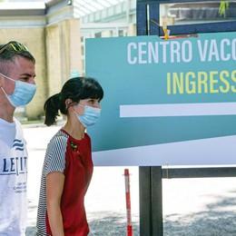 Virus, casi in crescita  Sul Lario numeri  quasi da zona gialla