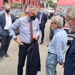 Il ministro Guerini sul lago  assicura aiuti dal Governo