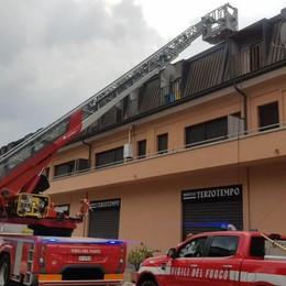 Lipomo, fiamme in casa  Sei persone evacuate