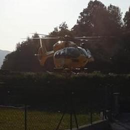 Zelbio, punto da calabrone  In elicottero al Sant'Anna