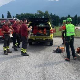 Montemezzo, ciclista ferito  Soccorso con l'elicottero