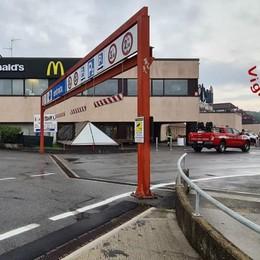 Cantù, brucia il forno della panetteria  Sfollato   e chiuso centro commerciale