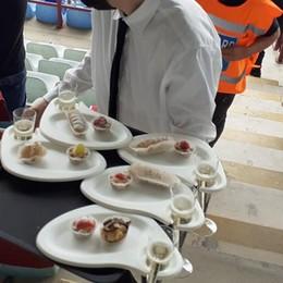 La tribuna nel futuro  Catering e QRCode
