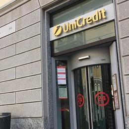 Cantù, 200 euro spariti al bancomat  «Erano i soldi di mio figlio disabile»