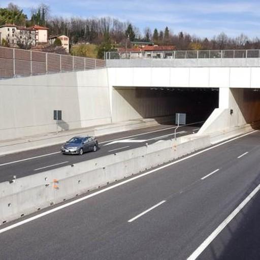 Tangenziale, si muove la Regione Fontana: «Secondo lotto, una priorità»