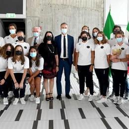 Festa Rane Rosa a Palazzo Pirelli «Un orgoglio per noi averle qui»